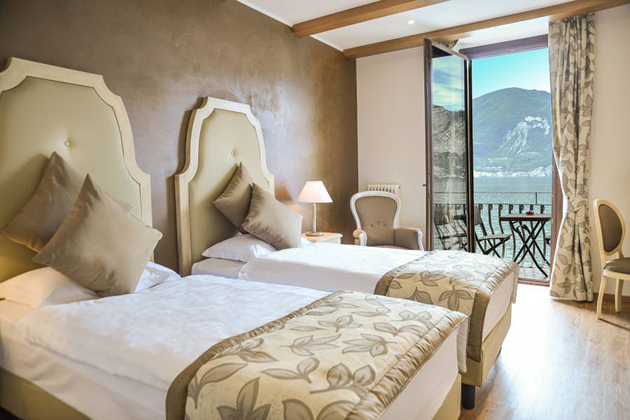 boutique hotel brenzone brenzone sul garda gardasee. Black Bedroom Furniture Sets. Home Design Ideas